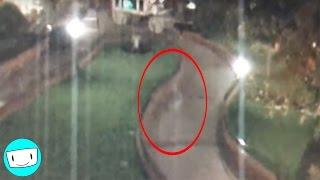 5 DISNEYLAND GHOSTS Caught On Video