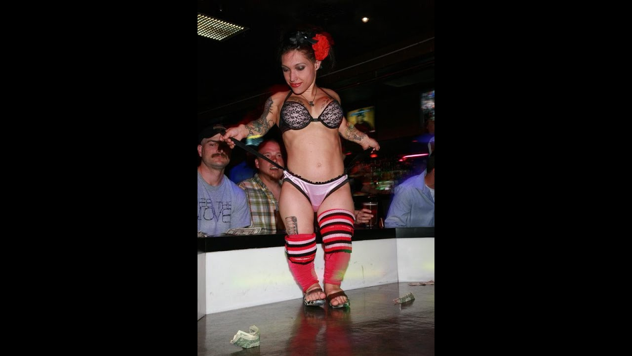 woman-mastabating-midget-exotic-dancer-clothes-hairymature-women-with