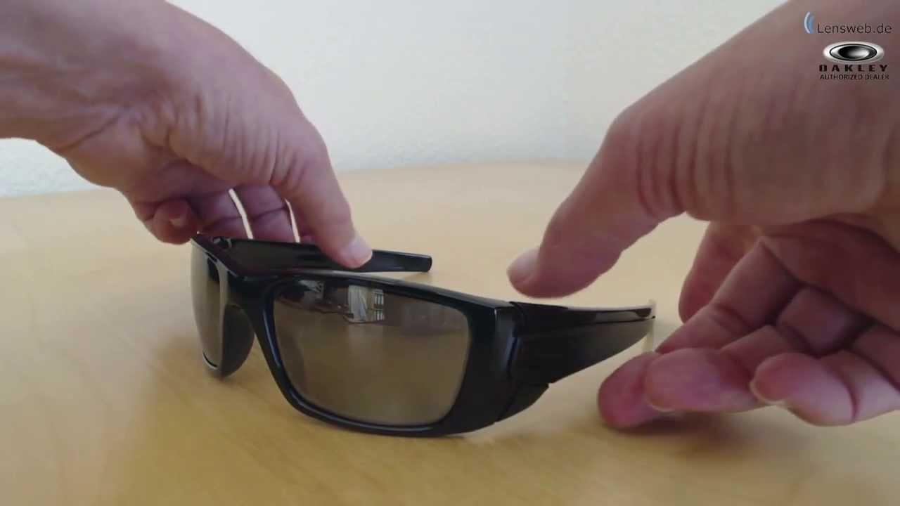 1ef17b334b Oakley Fuel Cell - Polished   Matte Black - Black Iridium Polarized -  YouTube