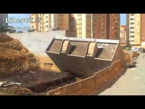 Effondrement (images en direct) d'un immeuble (résidence URBA 2000, El Achour, Alger)