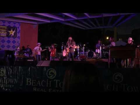 Jamey Johnson covering Merle Haggard's Footlights