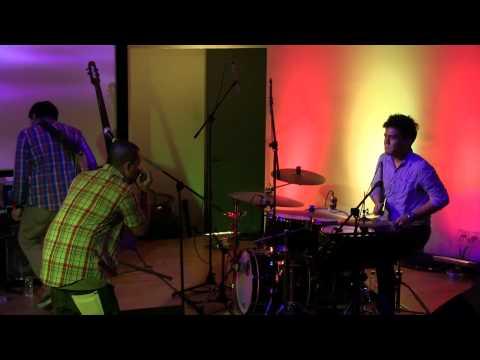 Download Mp3 lagu Indra Lesmana and Friends - Reborn @ america [HD] terbaru