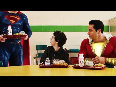Шазам и Супермен в школьной столовой | Шазам (2019)