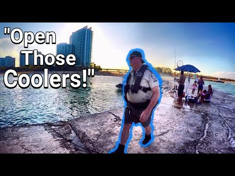 FWC Officer Pulls Up On Lobster Fisherman While Fishing On the Jetty!