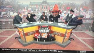 Lee Corso firing off guns. Again.