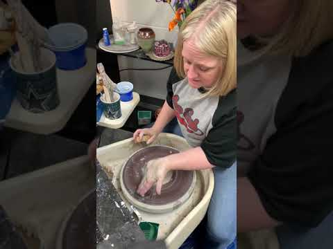 2   centering the clay : throwing on the wheel