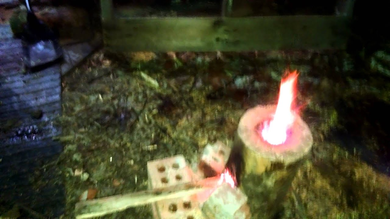 Rocket stove from log - YouTube
