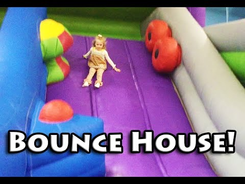 HUGE Indoor INFLATABLES PLAYGROUND Giant Slides BOUNCE HOUSE Play Park Kids FUN Playing Area