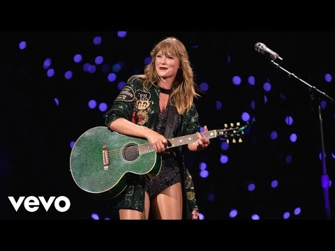 Taylor Swift - Out Of The Woods (Live from reputation Stadium Tour)