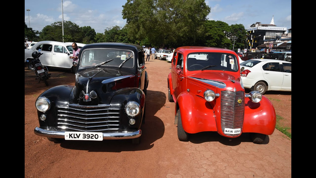 Vintage and Classic Cars exhibition At Thrissur Thekkin kaadu ...