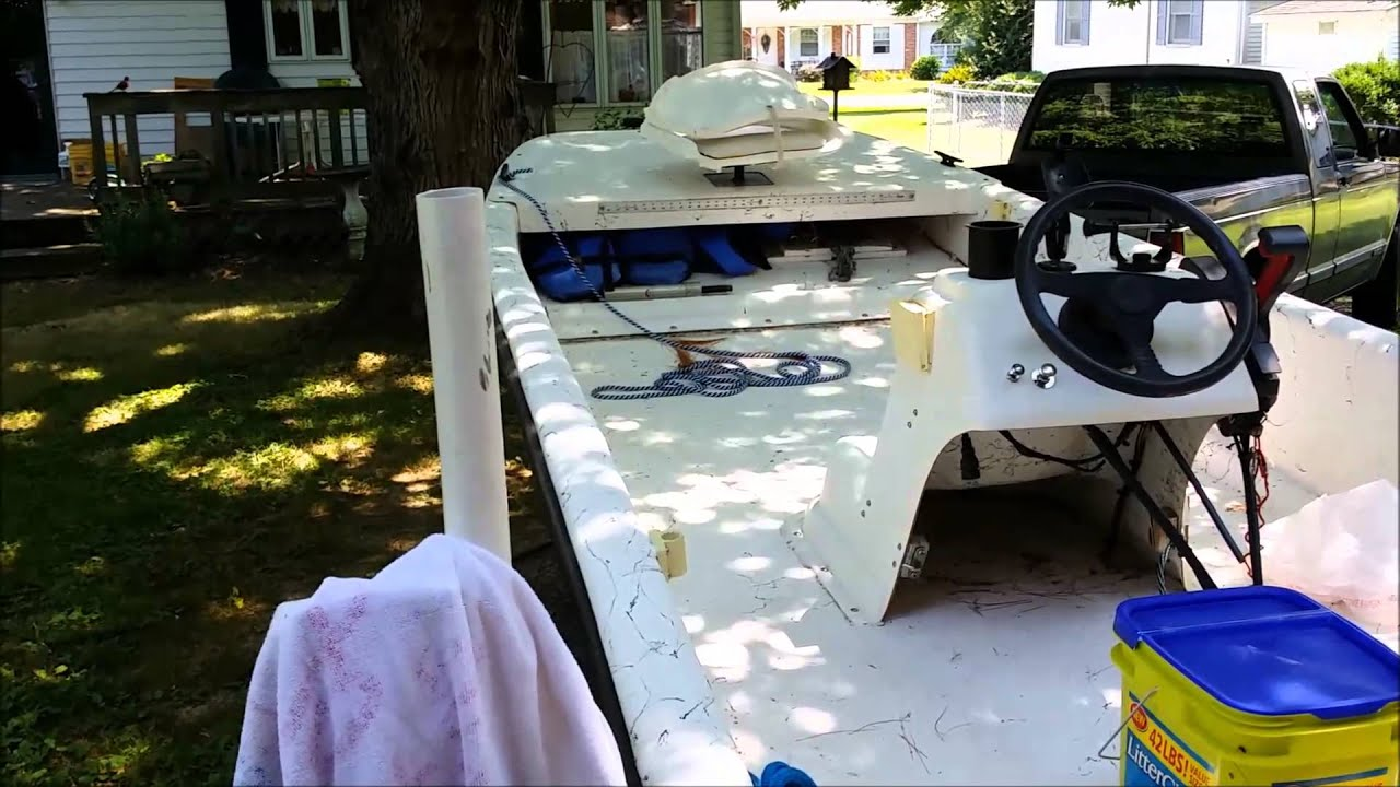 carolina skiff water in hull [ 1280 x 720 Pixel ]