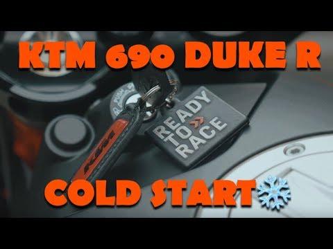 KTM  DUKE R w/AKRAPOVIC - Cold start
