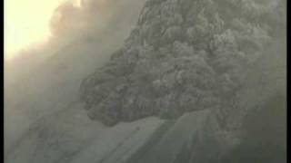 Indonesia buries victims of Mount Merapi eruption