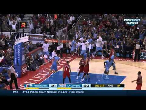 Blake Griffin with back to back Windmill ally-oop dunks!