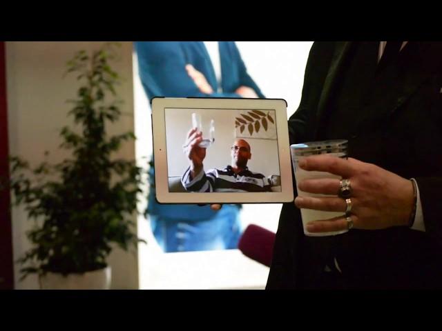 Magicien Ipad: Magie digitale avec un Ipad sur un salon professionnel