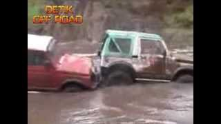 "VIDEO EXTREME OFF ROAD ""VIDEO SUZUKI JIMNY SIERRA EXTREME OFF ROAD 4X4 DI SUNGAI"""