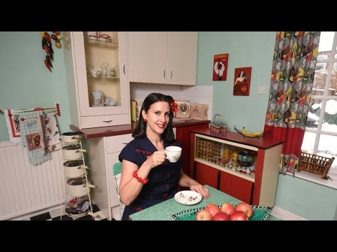 Woman's 1950s Timewarp House