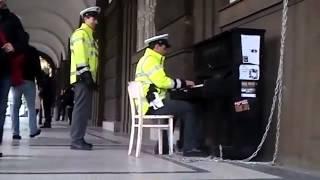 Чешские полицейские!
