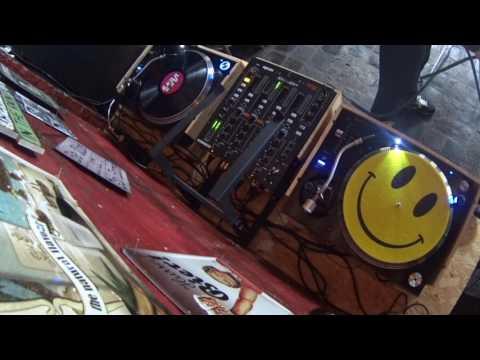 Episode 15 vinyl set house music vitamine garage for House music set