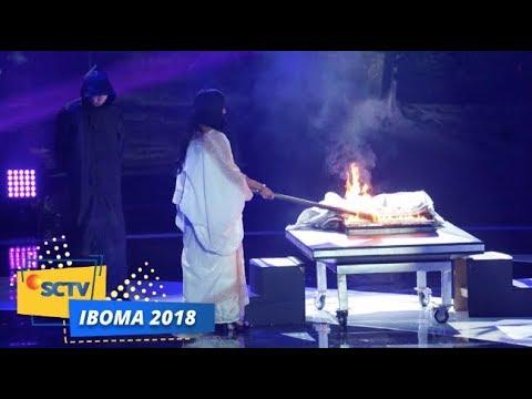 TERPUKAU! Lihat Penampilan Ibu Pengabdi Setan bersama Riana The Sacred di panggung IBOMA 2018
