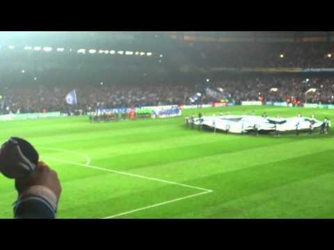 Chelsea-Napoli ingresso squadre e inno champions league