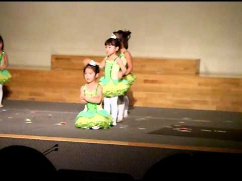 Heaven's christmas 2010 in Miracle land preschool part 1