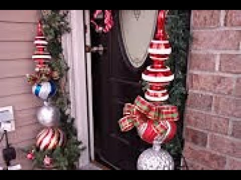 Christmas Topiary Decor.Outdoor Christmas Decor Large Topiary And Large Gift Box Idea