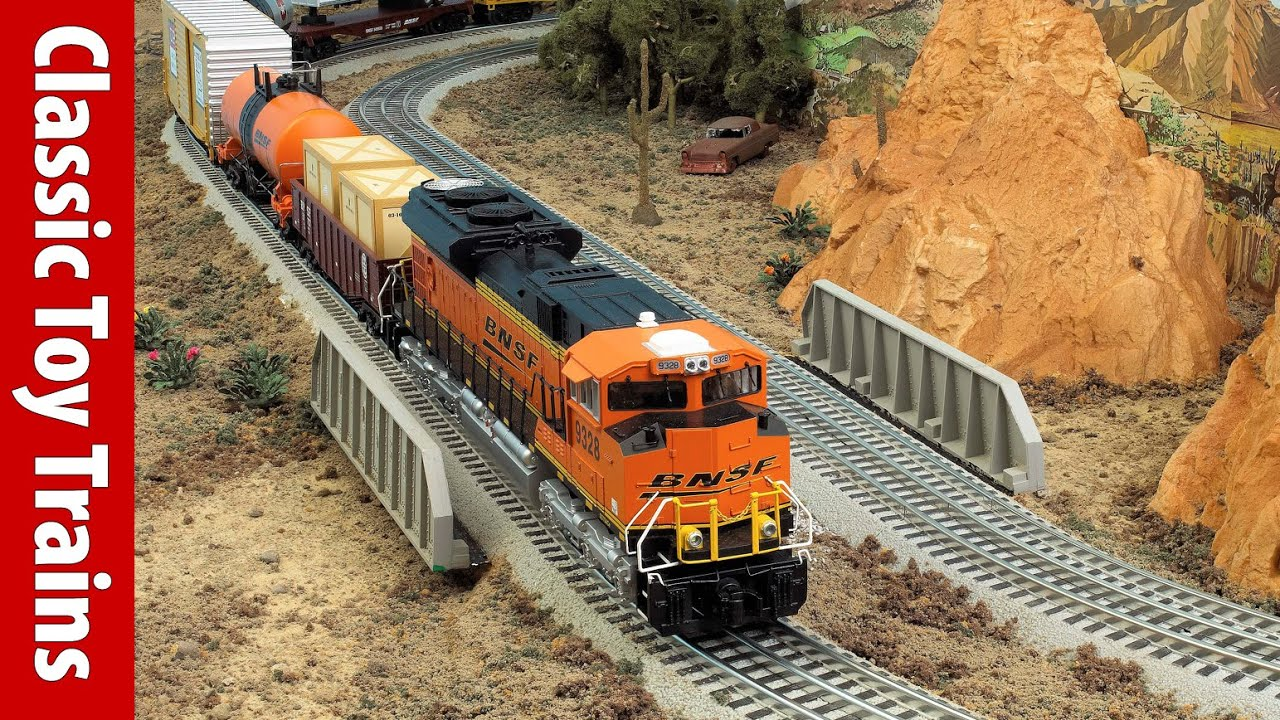 build an o gauge fastrack train layout in 5 minutes classic toy trains magazine youtube [ 1543 x 868 Pixel ]