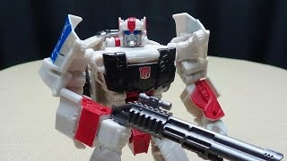 Generations Combiner Wars Deluxe STREETWISE: EmGo's Transformers Reviews N' Stuff thumbnail