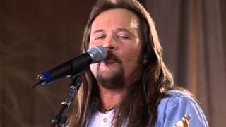 Travis Tritt - Southbound Train (Live at Farm Aid 2000)