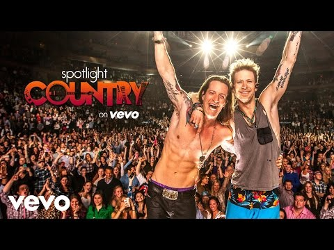 Spotlight Country - Florida Georgia Line's 'Sippin' On Fire' (Spotlight Country)