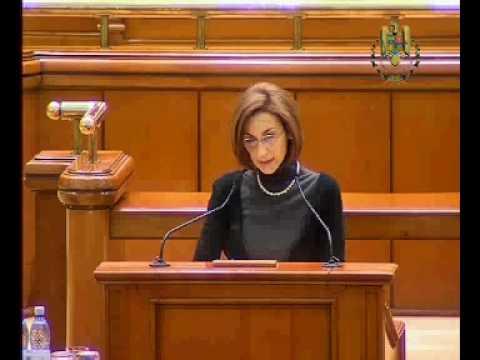 Declaratie politica Carmen Moldovan 2010-03-02 Reducere nr parlamentari.avi