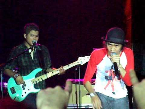 Sheila On 7 - Tunjukkan Padaku (live in Singapore 2010)