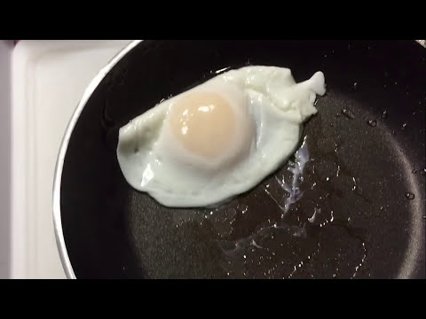 Secret to Flipping Eggs