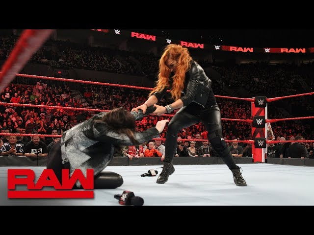 Becky Lynch attacks Stephanie McMahon: Raw, Feb. 4, 2019