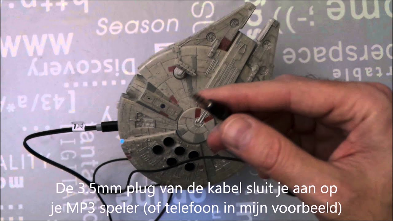 Star Wars Millennium Falcon Bluetooth Speaker via AUX gebruiken