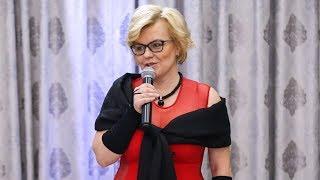 Studniówka I LO w Ostrołęce - wystąpienie dyrektor