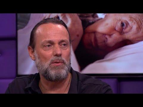 Hugo Borst praat openhartig over dementerende moeder - RTL LATE NIGHT/ SUMMER NIGHT