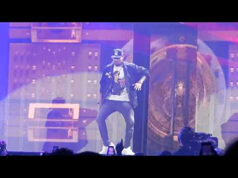 Chris Brown  Wall To WallRun It! BTS Tour Chicago