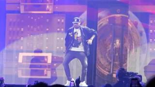 Chris Brown - Wall To Wall/Run It! (BTS Tour Chicago)
