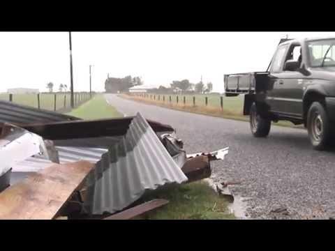 Cyclone Ita hits Taranaki NZ  - hayshed destroyed