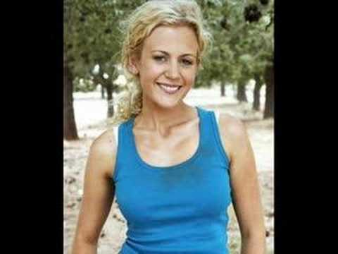 Michala Banas and Rachael Carpani
