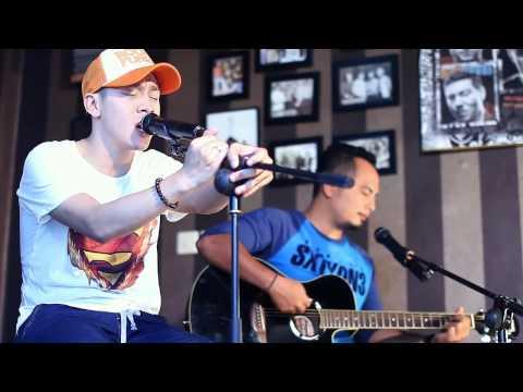 Noah   Separuh Aku @Rifansband Acoustic Cover