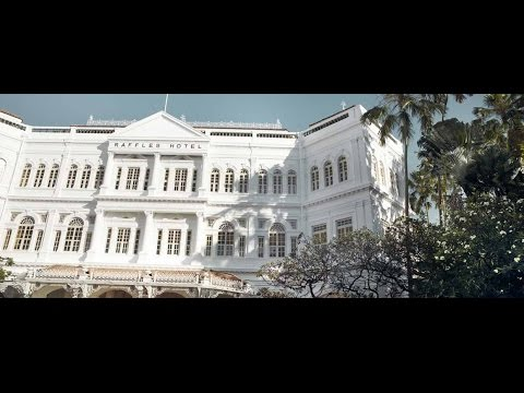Hotels With A Past: The Raffles Hotel in Singapore