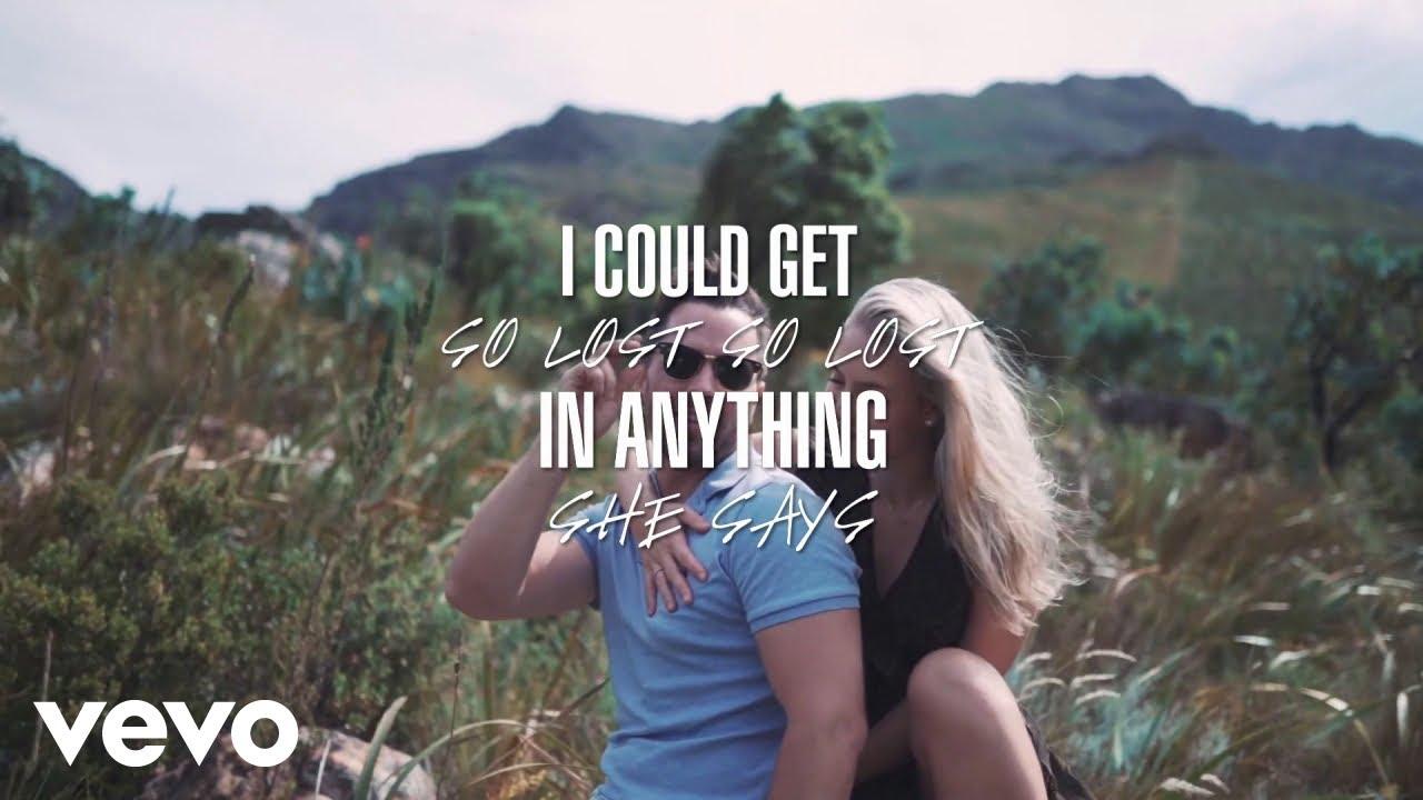 Ryan Robinette - Girl Talks (Official Lyric Video)