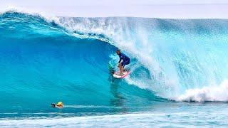SURFING WITH KELLY SLATER (HAWAII)