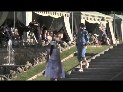 CHANEL CRUISE COLLECTION 2013 @ VERSAILLES