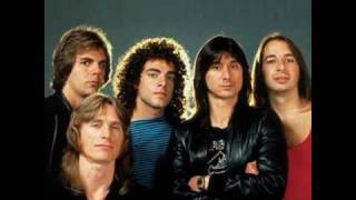 Repeat youtube video Journey - Don't Stop Believin' (Steve Perry vs. Arnel Pineda)