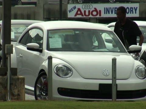 Pressure Increasing on VW As Bad News Grows