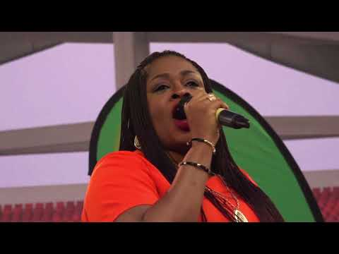 Sinach - I stand amazed in your Presence
